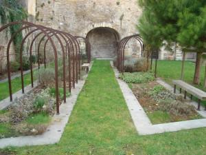 Dans les jardins de Gadagne