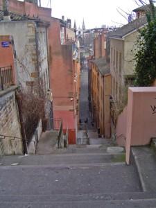 du haut des escaliers